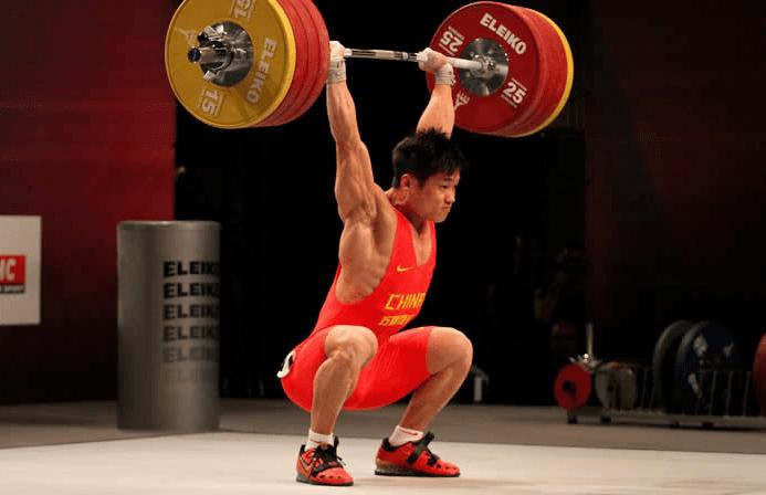 lu-xiaojun-squat-jerk-211
