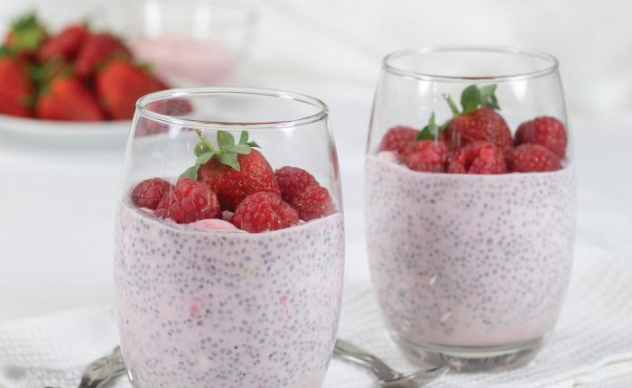Strawberry-yoghurt-chia-pudding