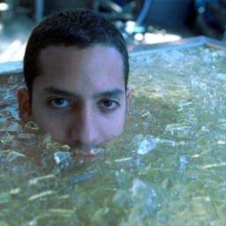 Ayuno durante el fin de semana, baño de hielo matutino... el CEO de Twitter tras los pasos de Gwines Paltrow (no todos son saludables)